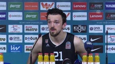 Basketbolda derbi maçın ardından - İSTANBUL