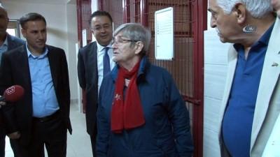 Prof. Dr. Karatay: 'Tecavüzcüleri kısırlaştırın'
