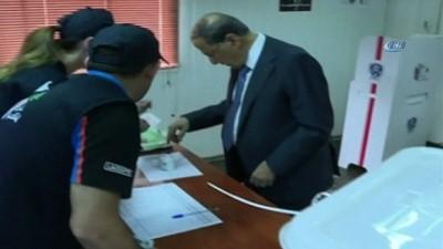 - Lübnan parlamento seçimleri için sandık başında