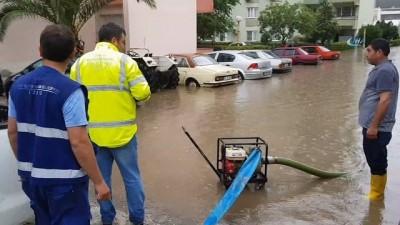 Mayıs yağmuru Tire'de hayatı felç eti