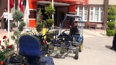 Öğrenciler hurda malzemelerinden araç ürettiler - TOKAT