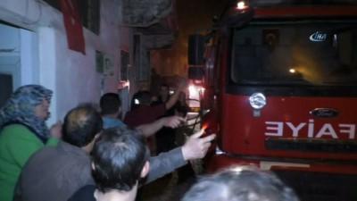 Tokat'ta ahşap evde yangın