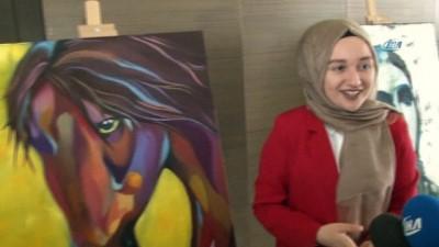 Arnavutköy Belediyesi Sanat Akademisi 3'üncü mezunlarını verdi