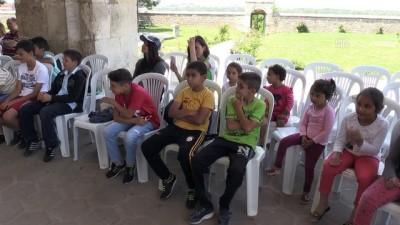 'Masalcı Vakıf Dede'yi 50 bin çocuk izledi - EDİRNE