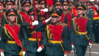 - Rusya'dan Zafer Bayramı'nda Gövde Gösterisi