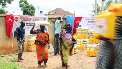 Nijerya'daki mülteci kamplarında ramazan bayram havasında geçiyor - ABUJA