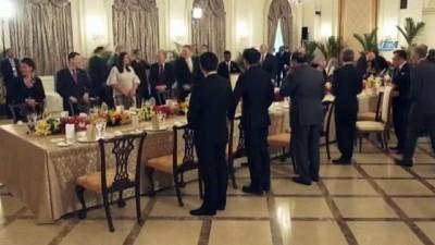 - Trump tarihi zirve öncesi Singapur Başbakanıyla görüştü - Trump'a erken doğum günü kutlaması