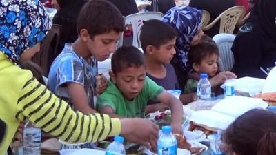 İHH, Ramazan ayında Suriye halkını yalnız bırakmadı
