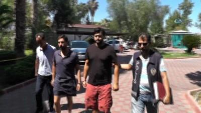 Kemer'deki silahlı kavgaya: 2 tutuklama