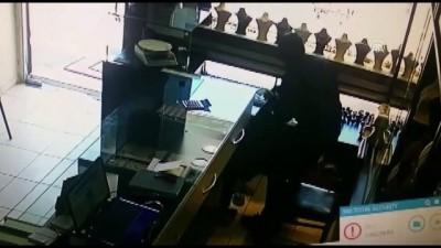Kuyumcu soygunu güvenlik kamerasında - MERSİN