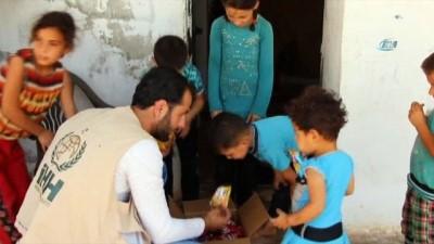 Suriyeli yetimlere Ramazan çocuk paketi