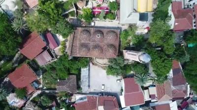 8 asırlık 'Yivli Minare Camisi'ne turist ilgisi - ANTALYA