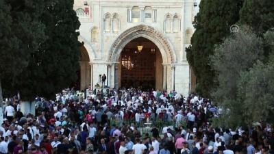 isgal - 90 bin Müslüman bayram namazını Mescid-i Aksa'da kıldı - KUDÜS