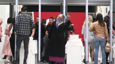 Hollanda'daki Türkler oy kullanmaya başladı - LAHEY