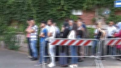 - İtalya'daki Türkler 24 Haziran için sandık başında