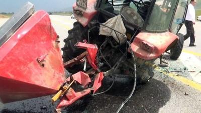 İYİ Parti mitinginden dönen konvoyda kaza: 1 yaralı