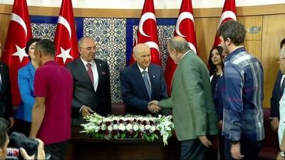 ekonomik buyume -  MHP Genel Başkanı Bahçeli, partililerle bayramlaştı