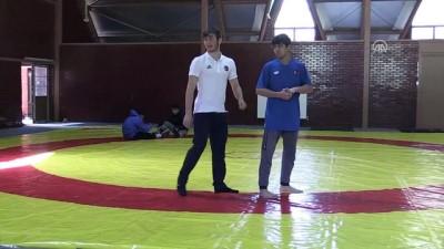 Yıldız milli güreşçilerin gözü dünya şampiyonluğunda - BOLU