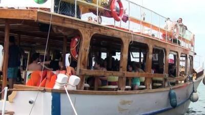 Ayvalık adaları binlerce misafiri ağırlıyor - BALIKESİR