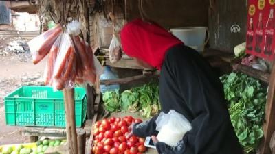'Evde yemek olmadığı için çocuklar iftarlarını camide yaptılar' - NAİROBİ