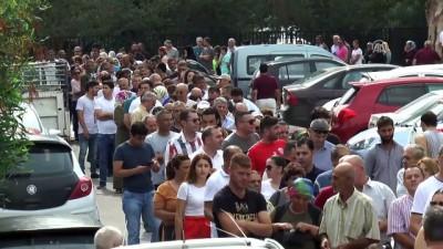 KKTC'deki seçmenler sandık başında - LEFKOŞA