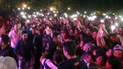 Diyarbakır, terörle anılmak istemiyor... Diyarbakır'da Mustafa Ceceli coşkusu