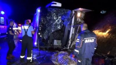 ozel hastaneler -  Karaman'daki otobüs kazasında ölen 3 kişinin kimliği belirlendi