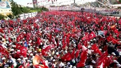 Erdoğan, Türkçe-Kürtçe seçim şarkısına tempo tuttu - ŞANLIURFA