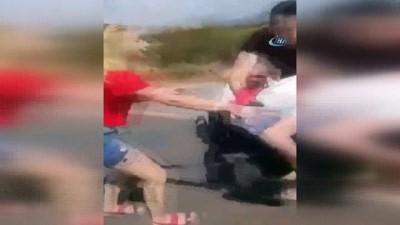 Karayolunda bıçaklı kavga sosyal medyada paylaşım rekoru kırıyor