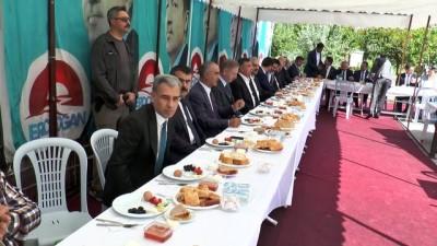 Yılmaz: 'Türkiye, bölgesinde süper güç' - SİVAS