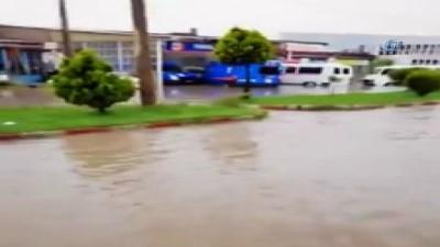 Afyonkarahisar Küçük Sanayi Sitesi'ni sel bastı