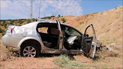 Otomobil uçuruma yuvarlandı: 2 ölü, 1 yaralı - MALATYA