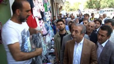 AK Parti Genel Başkan Yardımcısı Mehdi Eker, Sur esnafını ziyaret etti