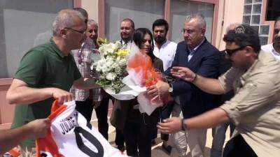 Bakan Sarıeroğlu'ndan spor kulüplerine ziyaret - ADANA