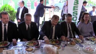 Başbakan Yardımcısı Çavuşoğlu: 'Pazar günü Allah'ın izniyle bu iş ilk turda bitecek' - BURSA