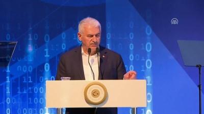 Başbakan Yıldırım: 'Emperyal güçler bölgede yeni bir taksimat peşindeler, yeni bir sömürü peşindeler' - İZMİR