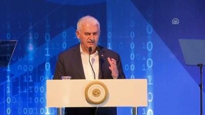 Başbakan Yıldırım: 'Türkiye iletişimde son 15 yıl içerisinde büyük mesafe katetti' - İZMİR