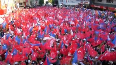 """Cumhurbaşkanı Erdoğan, """"Erbakan hoca mezardan çıkıp gelse, ilk defa bunları mezara gömer"""""""