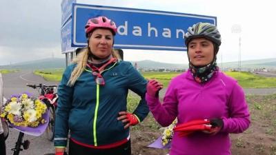 Kadınların bisikletle 'zafer turu' Ardahan'da