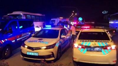 Antalya'da tır dehşeti... 6 aracı önüne katarak fırlatan tır ortalığı savaş alanına çevirdi