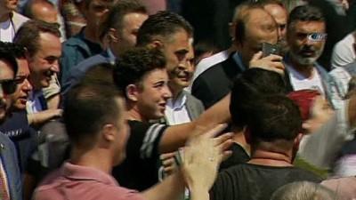 Başbakan Binali Yıldırım, oyunu İzmir'de kullandı