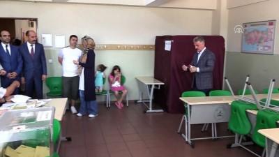 MHP Genel Sekreteri Büyükataman oyunu kullandı - BURSA