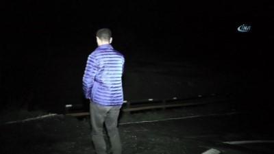 Erzurum'da sel suları köprüyü yıktı
