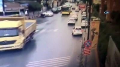 Otomobili ile kazadan kaçarken kaza yaptı Haberi