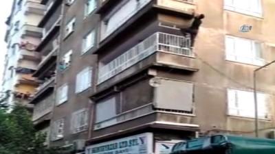Diyarbakır'da akıl almaz olay...Alışveriş için evden çıkan kadın çocuğunu evde bırakıp üstüne kapıyı kilitledi