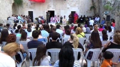 Dünyanın ilk mağara kilisesinde bayram ayini