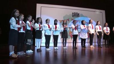 Çocuklar İstiklal Marşı'nı işaret diliyle okudu - SAKARYA