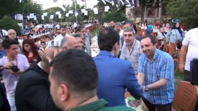 Fatih Erbakan, Milli Görüş'ün yeni partisi için tarih verdi
