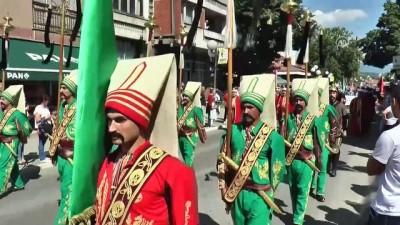 Bosnalı yüzlerce atlı Prusac'a uğurlandı - DONJI VAKUF