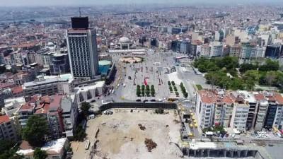 Taksim'de yıkımı tamamlanan AKM havadan görüntülendi